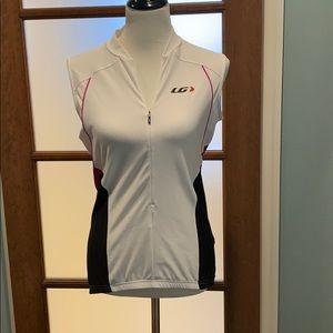 Women's Garneau biking jersey size large